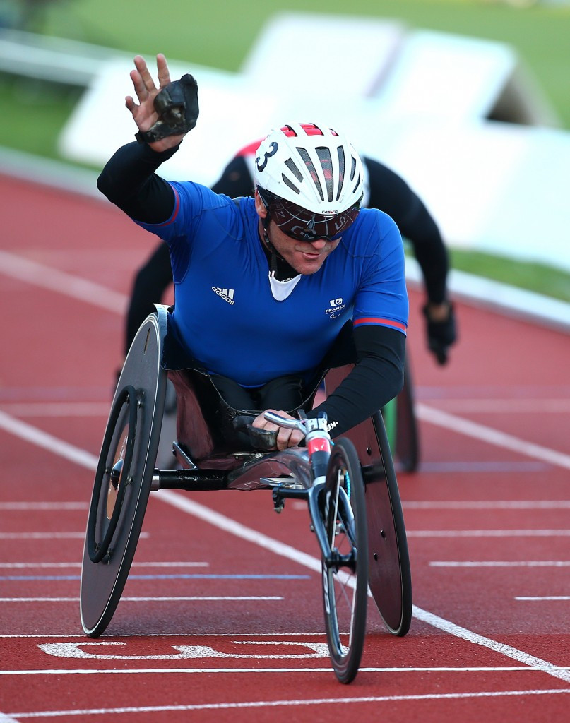 Pierre Fairbank of France won the T53 800m