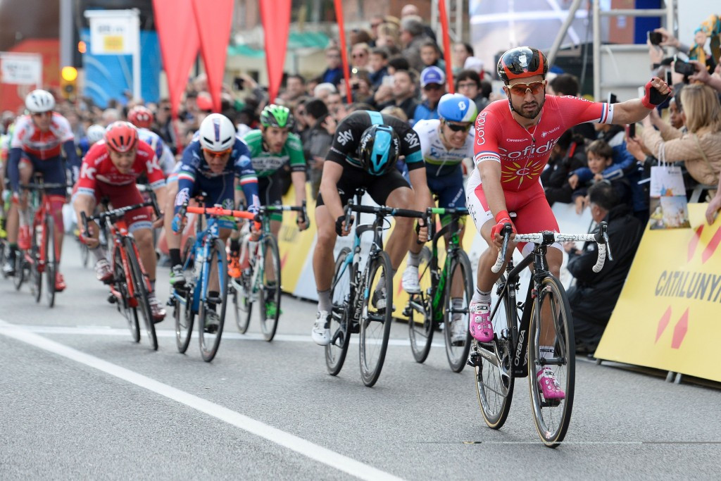 Bouhanni sprints to opening stage of Volta a Catalunya