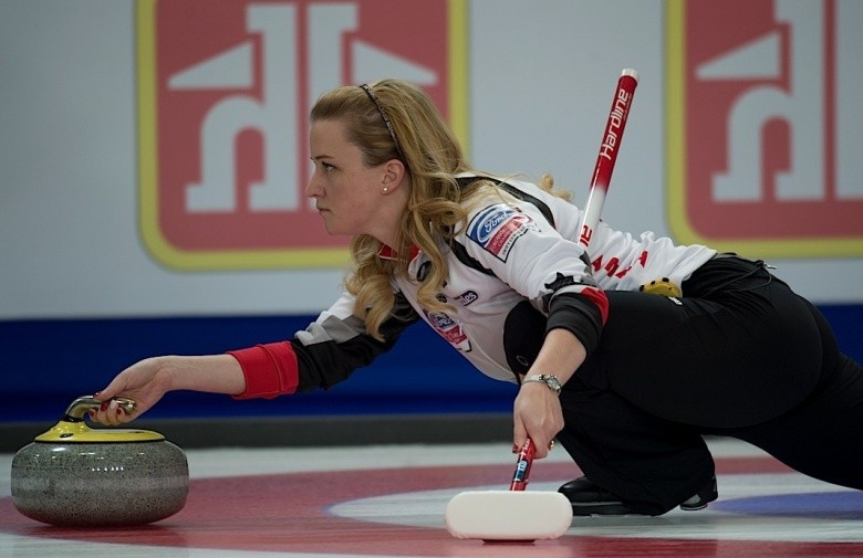 Switzerland, Scotland and Canada in three-way battle at top of World Women's Curling Championships