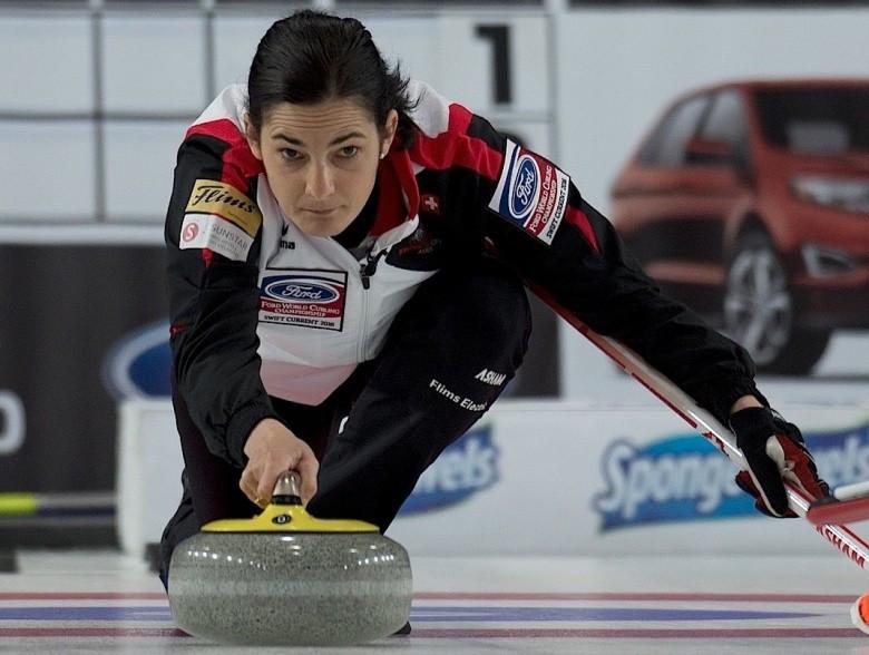 Switzerland beat Japan to reach World Women's Curling