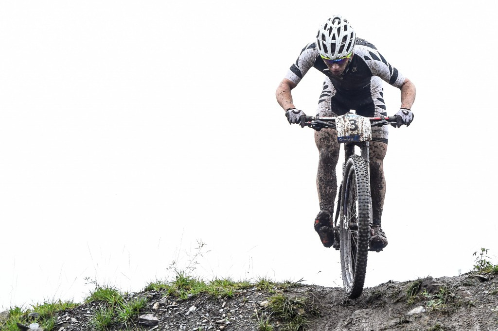 Cooper claims Oceania Mountain Bike Championships title to boost claim for Rio 2016 selection
