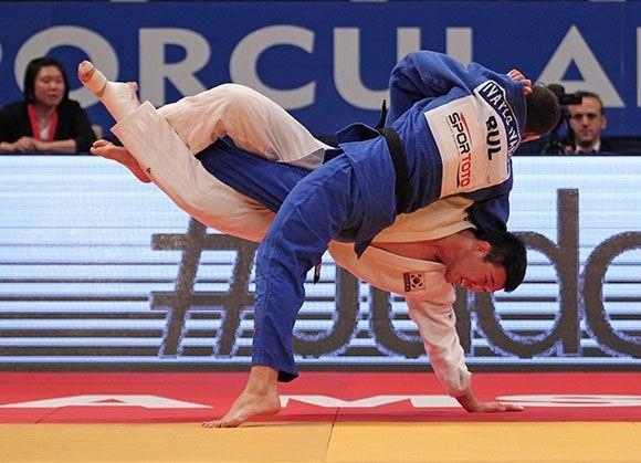 Bulgaria's Ivaylo Ivanov defeated South Korea's Wang Ki-Chun to top the men's under 81kg podium