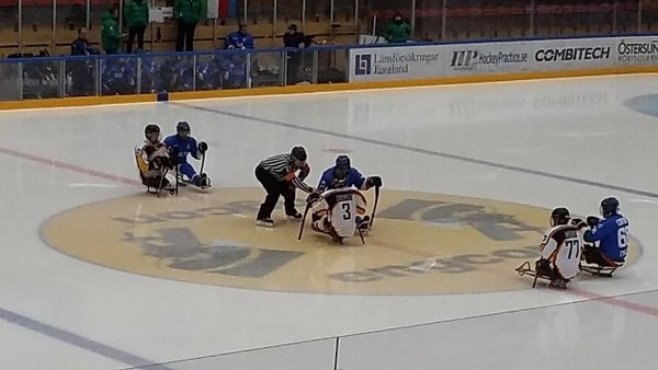 Defending champions Italy begin IPC Ice Sledge Hockey European Championships in winning fashion