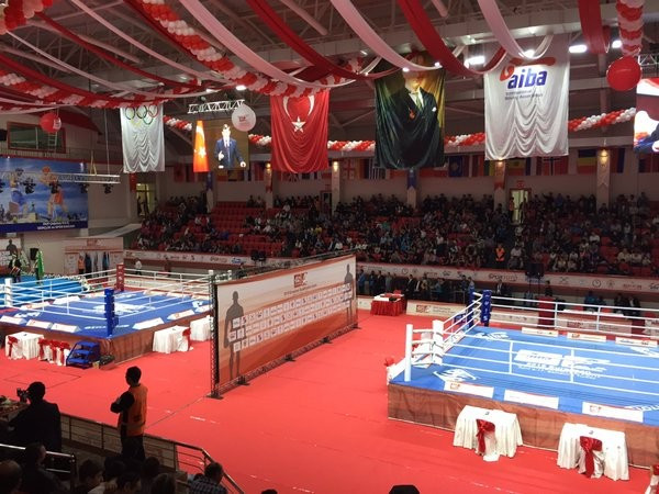 Turkey's Gozgec makes convincing start at AIBA European Olympic Qualification Event in Samsun