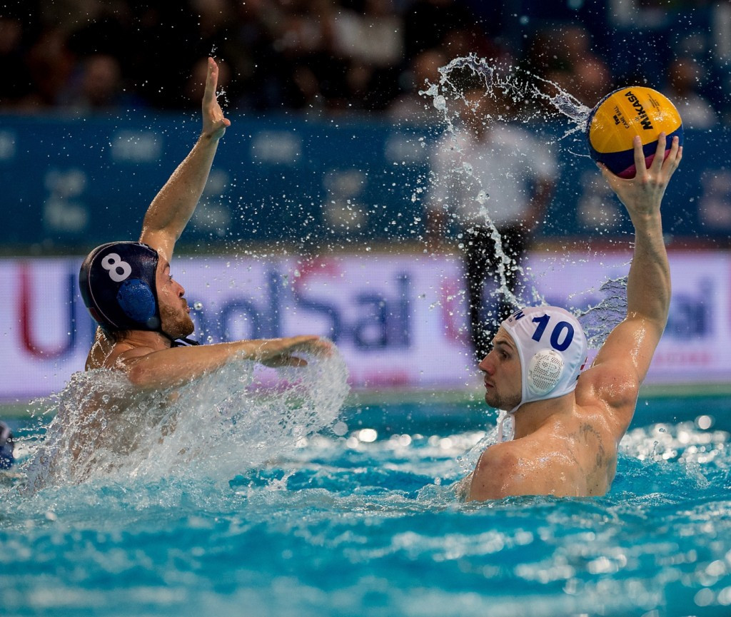 Hungary beat France to secure a spot in the final ©FINA/Giorgio Scala