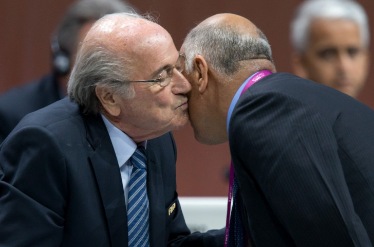 Sepp Blatter embraces Palestinian Football Association President Jibril Al Rajoub during the FIFA Congress ©Getty Images