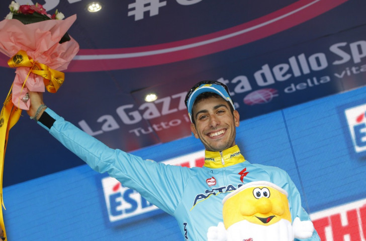Aru breaks clear on final climb to move into second place at Giro d'Italia