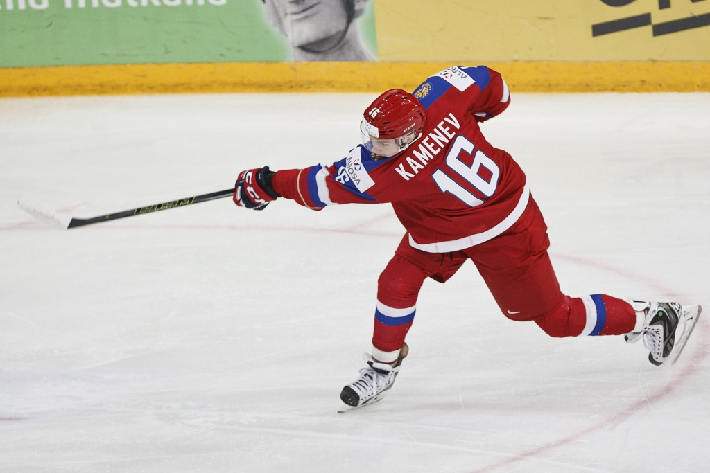 Russian ice hockey captain banned after official left with scar