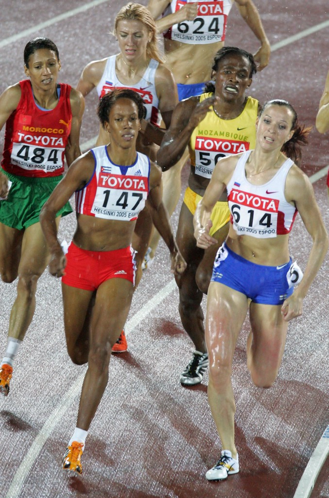Tatyana Andrianova, right, tested positive for anabolic steroids at the 2005 IAAF World Championships in Helsinki but the re-analysis was done too late, CAS has ruled ©Getty Images