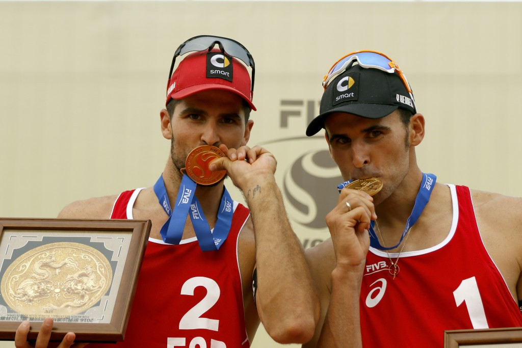 Spanish duo come from behind to claim FIVB Xiamen Open title