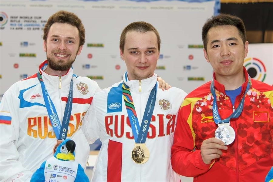 Russia's Vladimir Maslennikov earned the first World Cup title of his career ©ISSF
