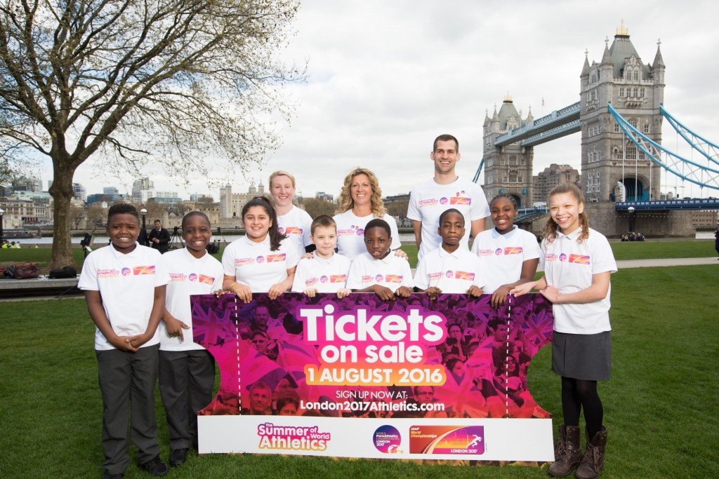 London 2017 won't be tarnished by athletics crisis, claims de Vos
