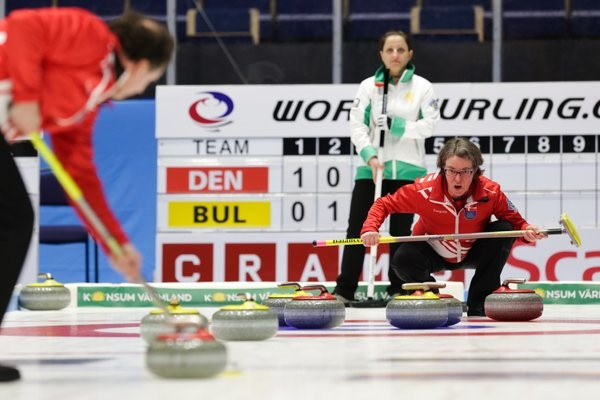 Ireland and Denmark complete playoff line-up at World Mixed Doubles Curling Championship