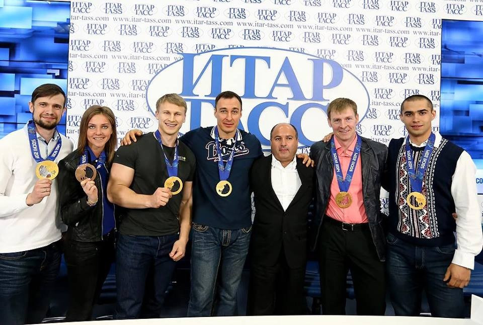 Georgy Bedzhamov, third right, was re-elected President of the Russian Federation of Bobsleigh following the success of the country's team in the Winter Olympics at Sochi 2014 ©RBF