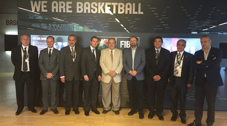 Mexican officials meet with FIBA to discuss how best to resolve basketball governance problems