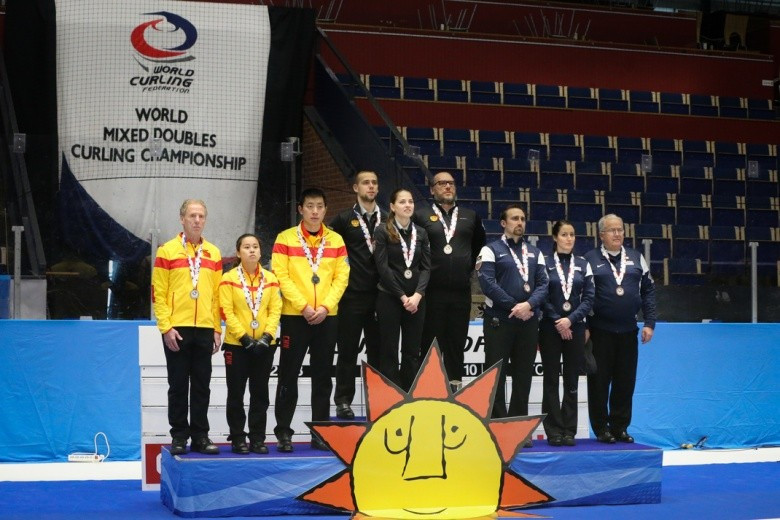 Russia win gold at World Mixed Doubles Curling Championship