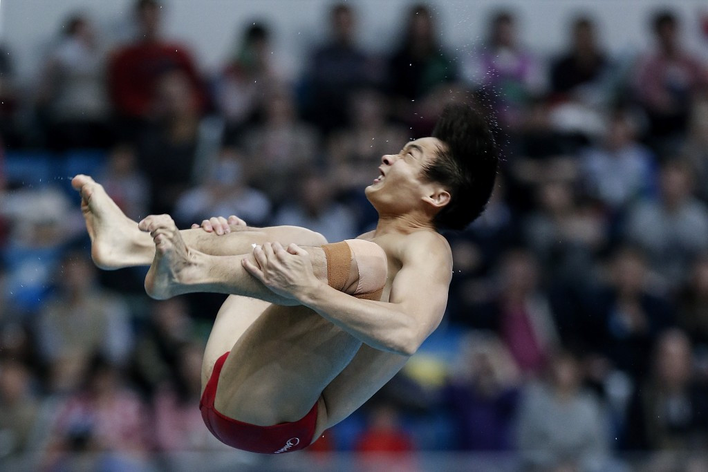 China's Cao Yuan continued his domination of the men's 3m springboard event