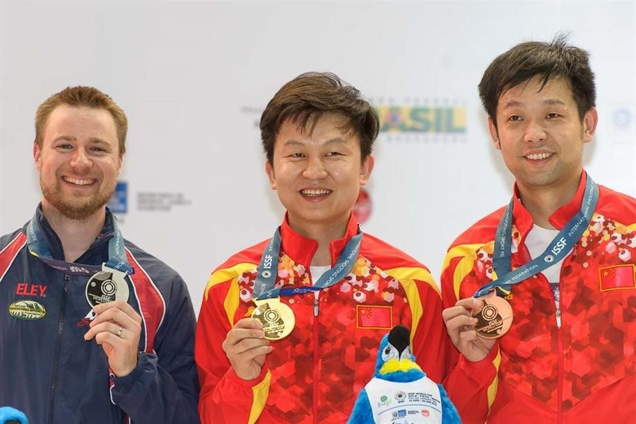 China's Hui sets world record on way to victory at ISSF World Cup in Rio de Janeiro
