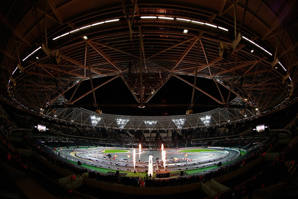 Essex County Cricket Club are continuing with their bid to play matches at London's Olympic Stadium ©Getty Images