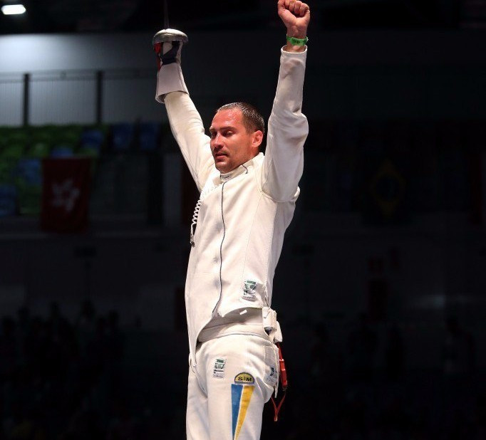 Nikishin claims men's individual épée gold at Rio 2016 fencing test event