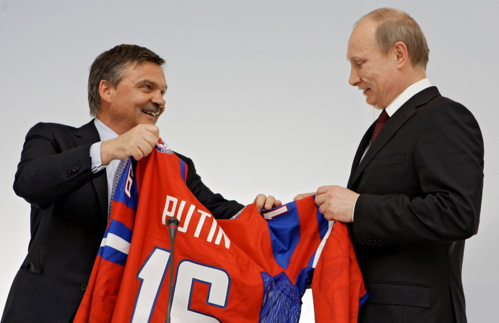 René Fasel has enjoyed a long-term relationship and friendship with Vladimir Putin ©Getty Images