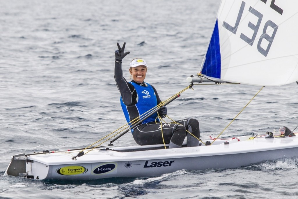 Mills and Clark clinch women's 470 victory at Sailing World Cup in Hyères