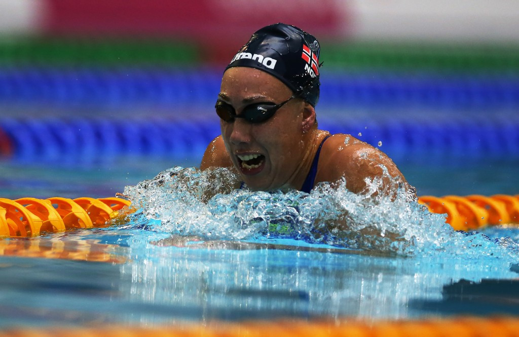 Norway's Sarah Louise Rung retained her title in the women's 200m individual medley SM6