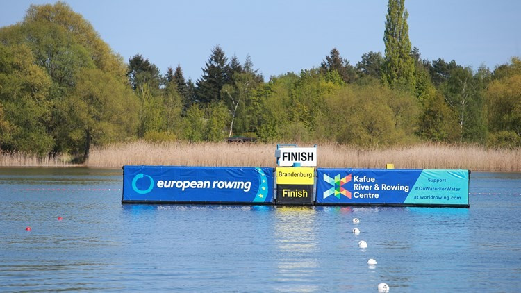 Action began at the European Championships this morning in Brandenburg ©World Rowing