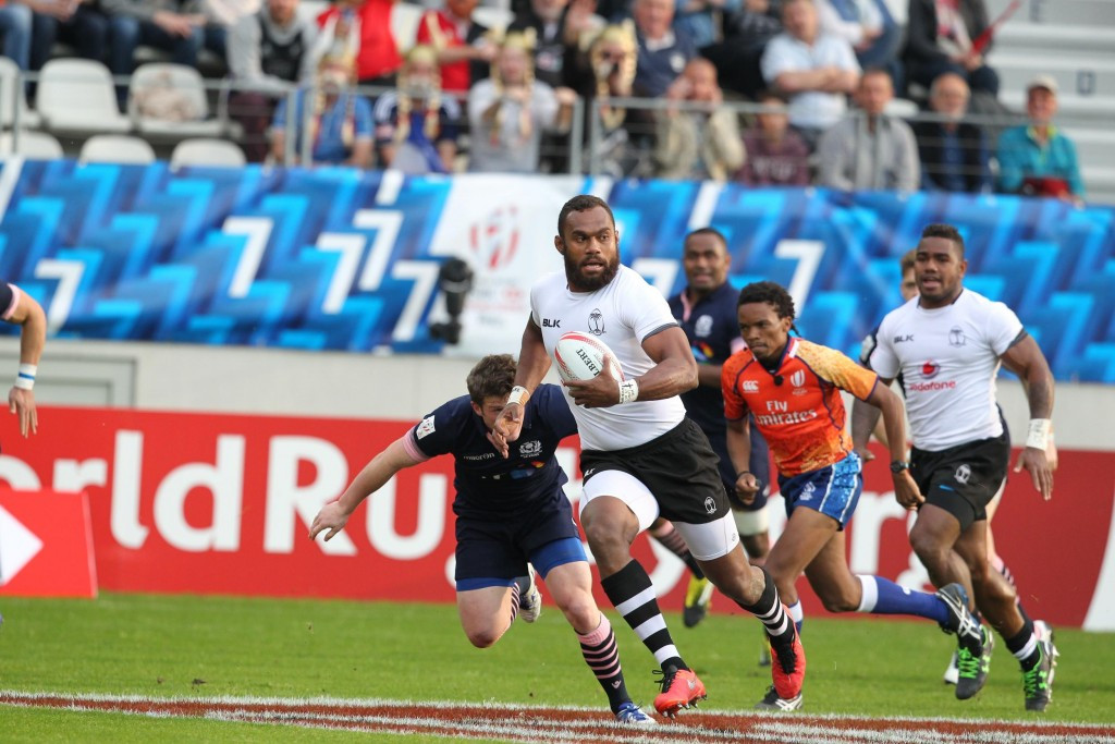 Defending champions and current series leaders Fiji also got off to a winning start as they overcame Scotland