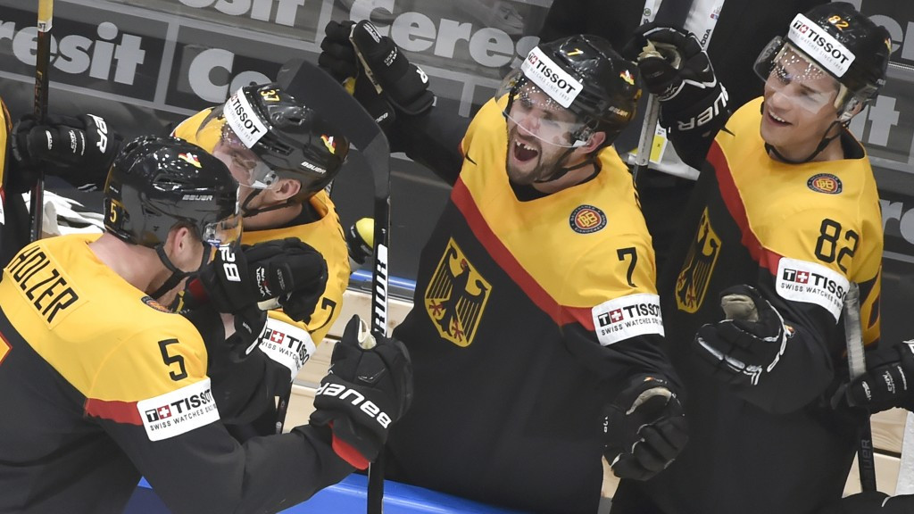 Last gasp goal gives Germany rare win over United States at IIHF World Championship