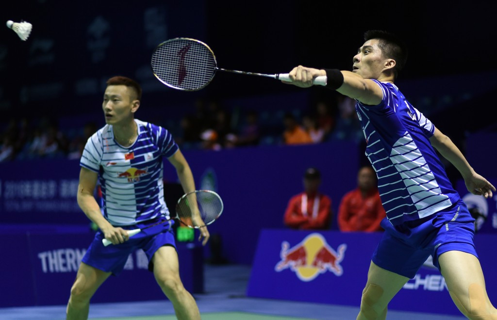 Fu Haifeng and Zhang Nan won their doubles clash for China against France