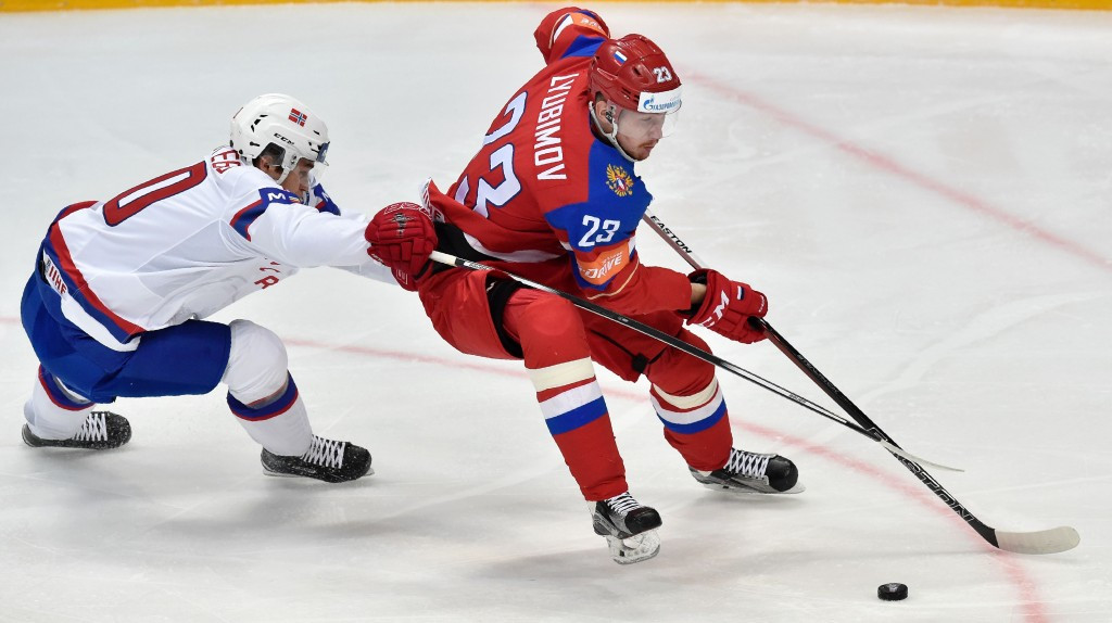 Russia and Canada remain on course for IIHF World Championship final rematch after comfortable victories