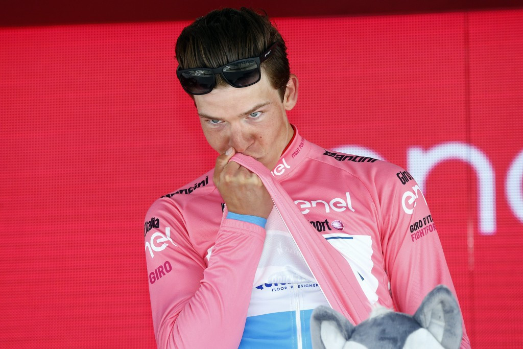 Jungels claims overall lead as Ciccone powers to solo stage win at Giro d'Italia