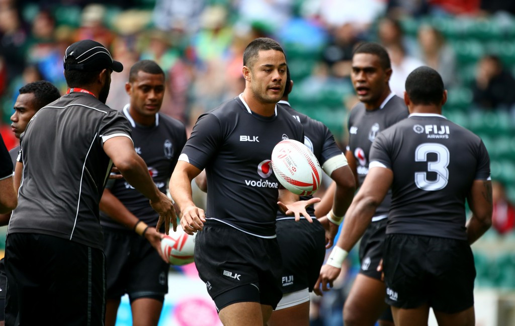 Fiji defend World Rugby Sevens Series title by reaching knock-out phase in London