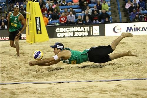 Brazilians claim convincing victory in FIVB Cincinnati Open final