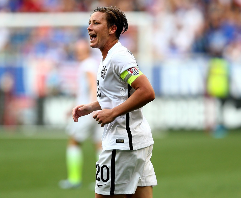 The decision to play all of the matches at the upcoming FIFA Women's World Cup on artifical surfaces has been lamasted by America's Abby Wambach