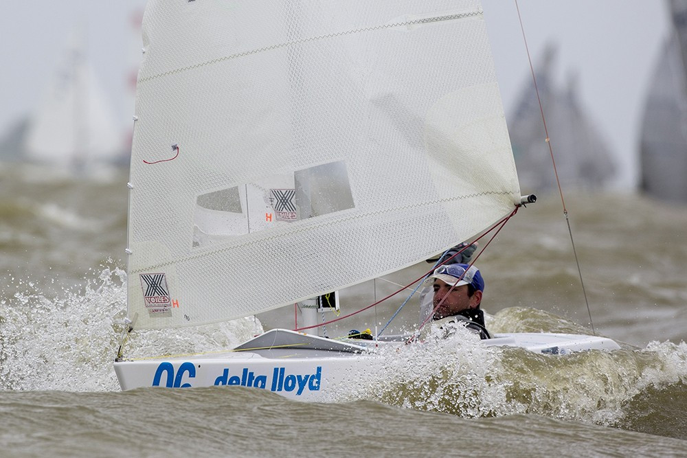 Seguin begins  Para World Sailing Championships defence in style