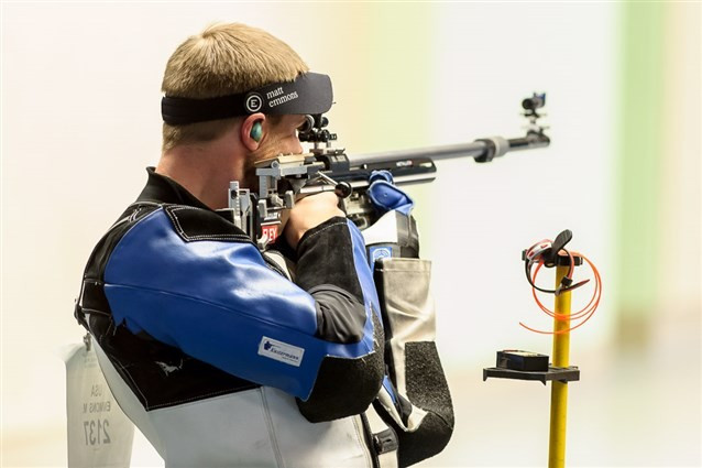 Matthew Emmons set a world record in the men's 50 metres rifle three positions final ©ISSF