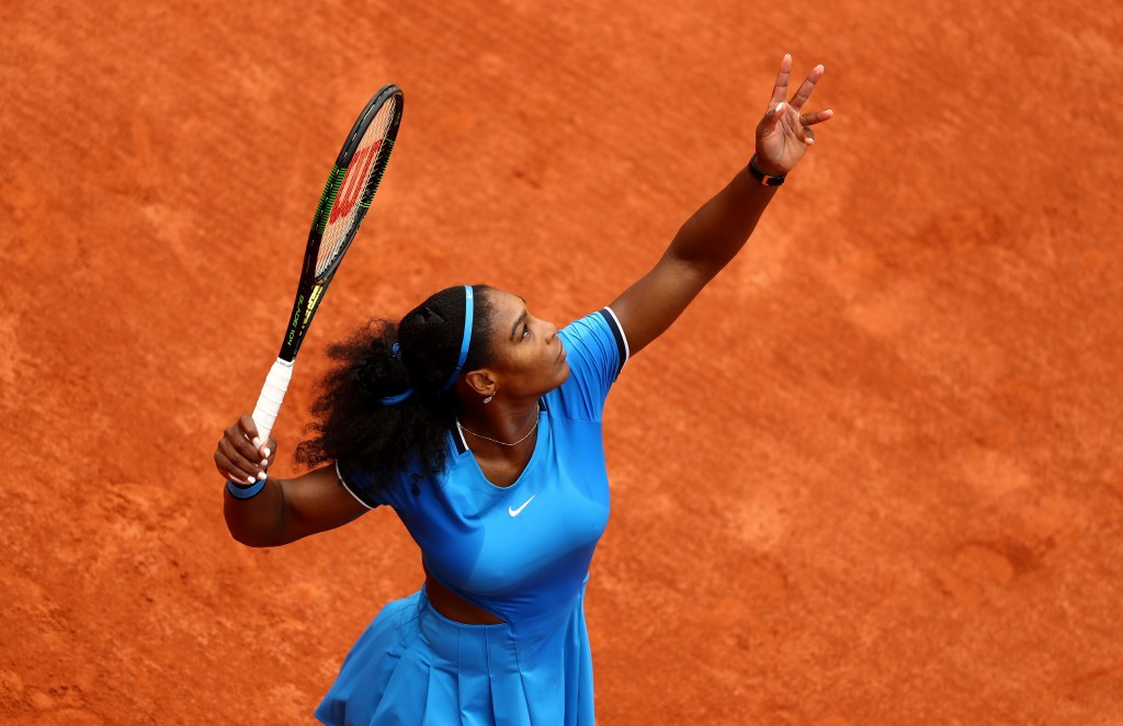 Serena Williams raced to a straight sets win over Brazil's Teliana Pereira