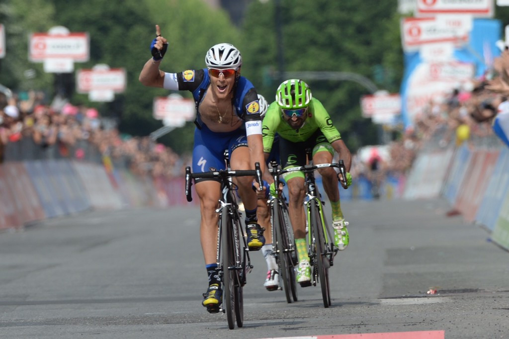 Trentin triumphs on Giro d'Italia stage 18 after late surge
