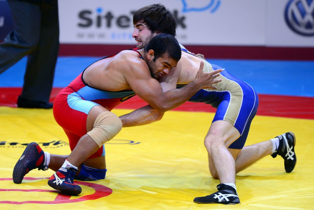 Narsingh Yadav (red) secured the Indian quota for Rio 2016 in the 74kg division with bronze at last year's World Championships in Las Vegas