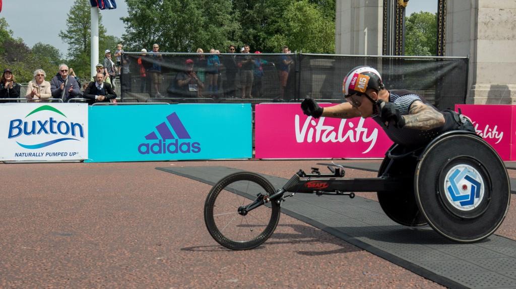 David Weir crosses the line in his record breaking effort