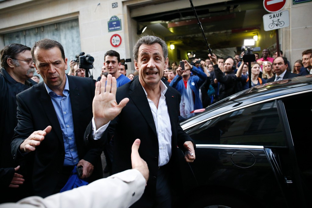 Presidential contender Nicolas Sarkozy has told Bernard Lapasset that he supports the Paris 2024 bid ©Getty Images