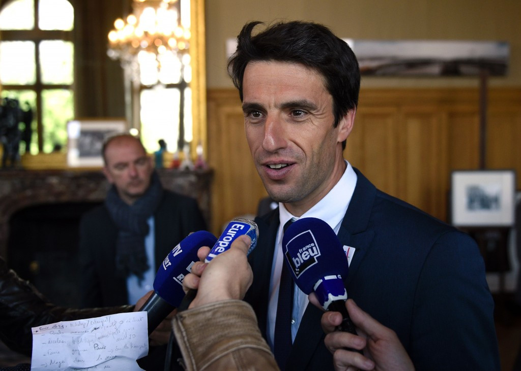 Triple Olympic canoe slalom champion Tony Estanguet, co-chairman of the Paris 2024 bid, is confident that the bid has the backing of the French public ©Getty Images
