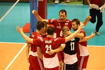 Poland secured a berth at the Rio 2016 Olympics after securing their fifth straight victory ©FIVB