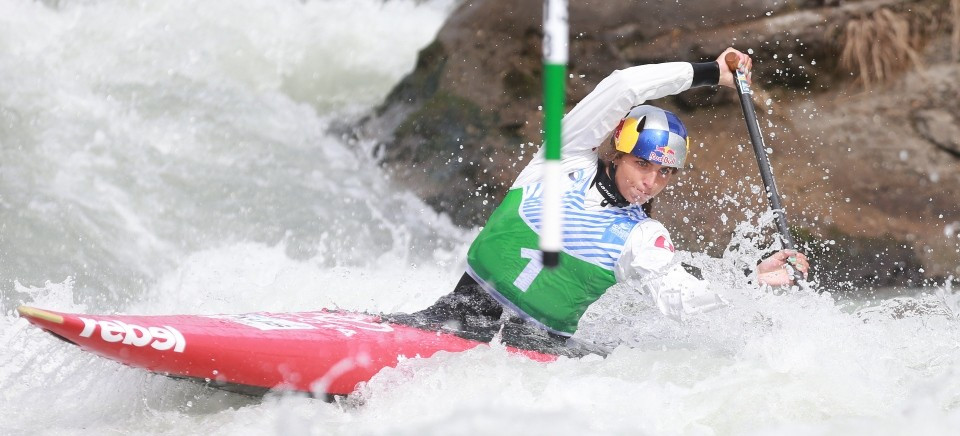 Australian star Fox sets C1W qualification standard at ICF Canoe Slalom World Cup