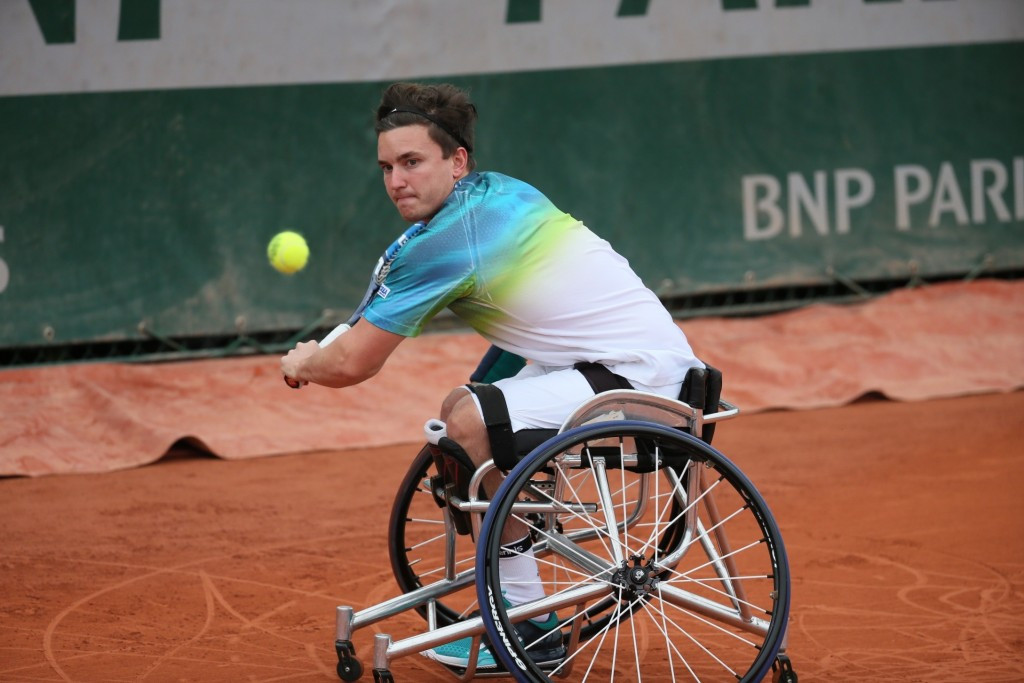 Reid moves into second consecutive Grand Slam final after defeating Houdet at French Open