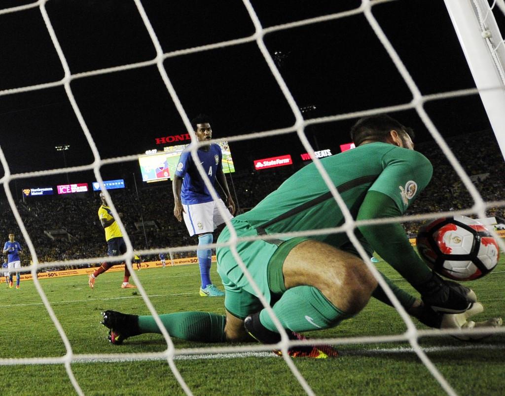 Brazil avoid Copa América Centenario defeat after Ecuador goal controversially disallowed