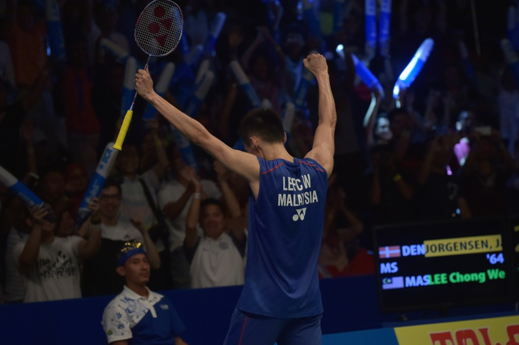 Lee Chong Wei battles to victory to claim sixth BWF Indonesia Open men's singles title