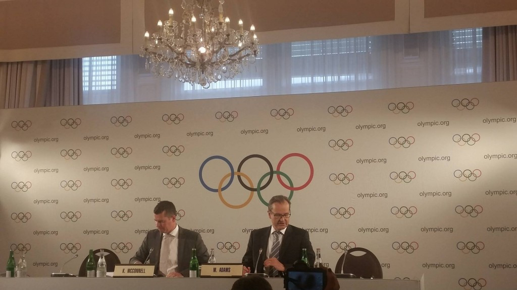 Kit McConnell ((pictured, left, during the IOC Executive Board meeting) seems to be adopting a more liberal approach towards the maximum number of Olympic events ©ITG
